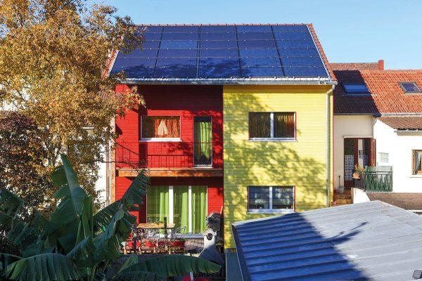 Maison en bois à énergie positive à Montreuil. crédit Michel Ogier