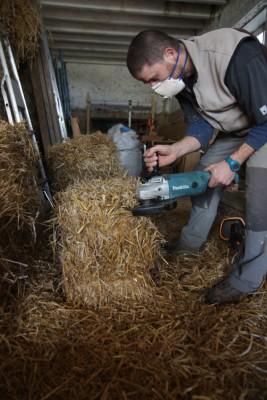 Terremite est un projet de rénovation d'une étable en bauge en habitat écologique.