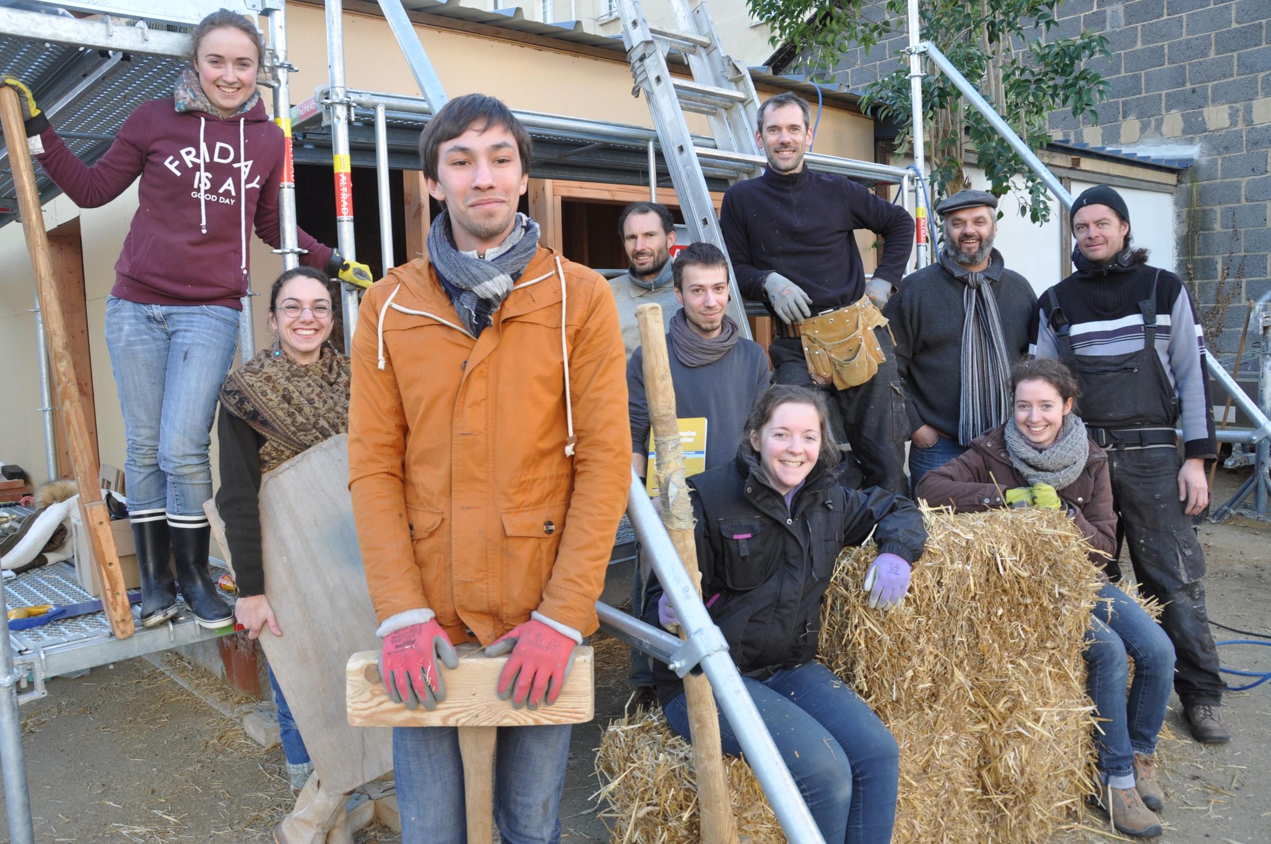 Pour les futurs architectes, atelier écoconstruction à l'Ecole nationale d'architecture de Bretagne, à Rennes.