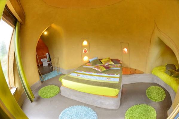 Intérieur éco-dôme Terragora Lodges