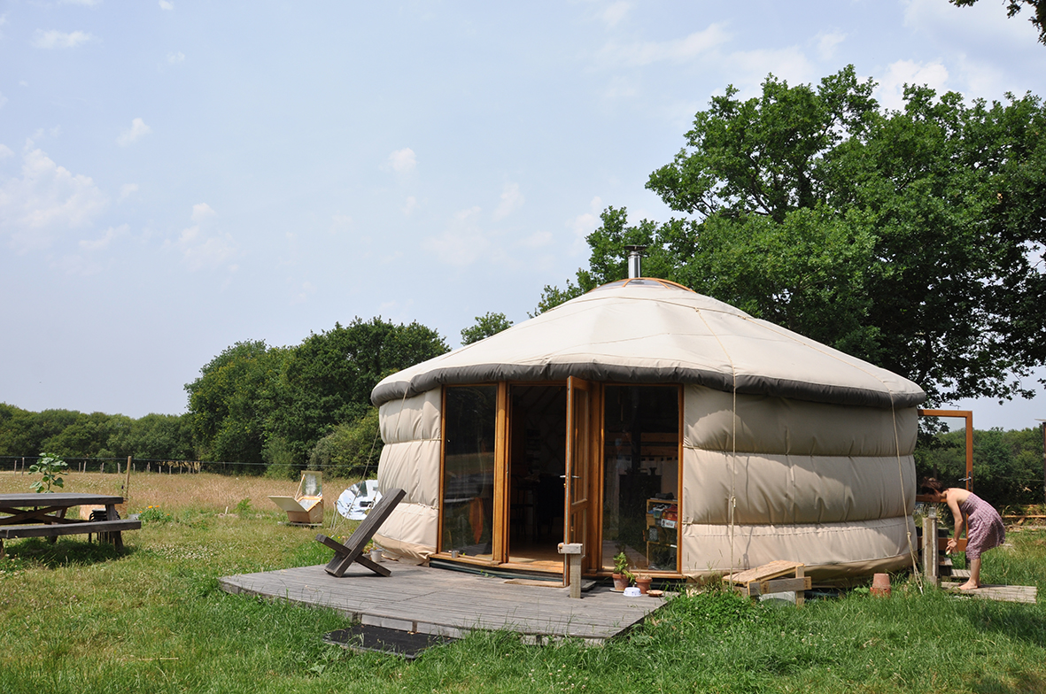 habitat léger mobile yourte autonome autoconstruite. crédit photo Gwendal Le Ménahèze