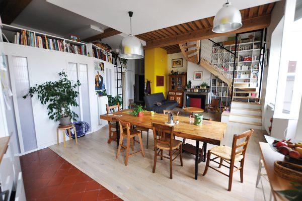 Rénovation écologique d'un appartement duplex basse consommation. crédit Gwendal Le Ménahèze