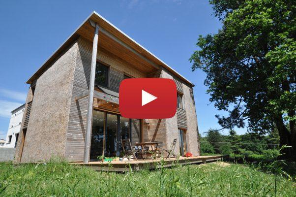 Construire une maison saine et naturelle grâce au roseau. © Gwendal Le Ménahèze